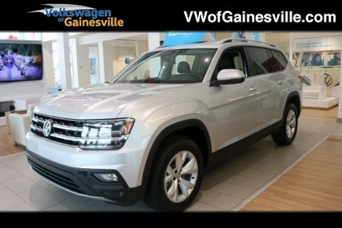 New 2019 Volkswagen Atlas SE with Technology